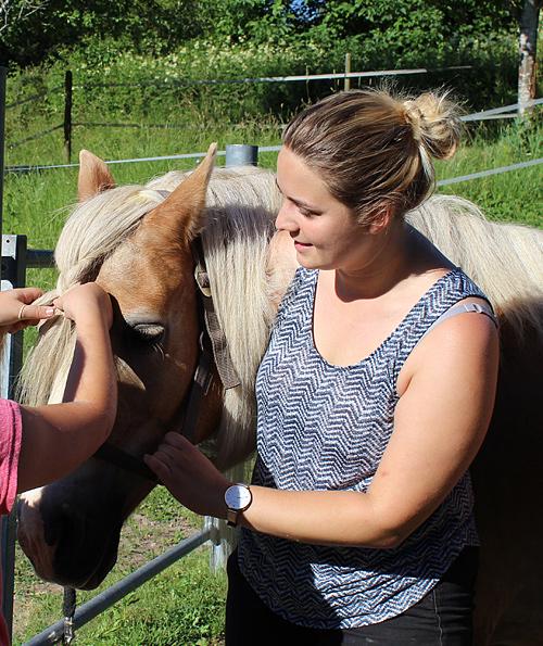 ansprechpartner-horsebasics-kinderreitunterricht-reittherapie-katrin-kromer
